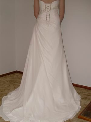 Mancini – Size 10 Chiffon dress | Second hand wedding dresses Oaklands Park - 2