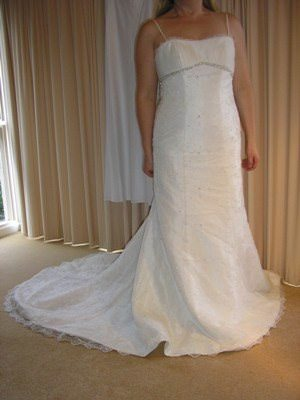 Lace dress – Size 12 Lace dress | Second hand wedding dresses Kalorama - Size 12