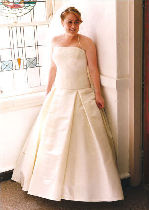 Satin dress – Size 12 Satin dress | Second hand wedding dresses Kangaroo Point - Size 12