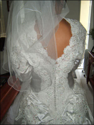 Size 12 dress | Second hand wedding dresses Rowville - 2