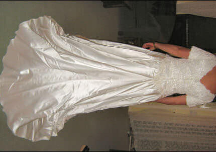 Wendy Makin – Size 16 Satin dress | Second hand wedding dresses Forest Lake - 2