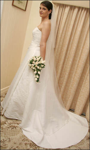 Size 14 dress | Second hand wedding dresses Dalby - Size 14