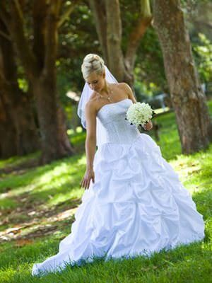Calabrio Bride – Size 10  dress | Second hand wedding dresses Thornton - Size 10