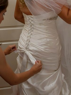 Pronovias – Size 12  dress | Second hand wedding dresses Earlwood - 2