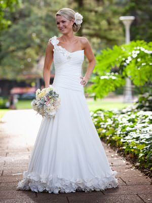 Mark Holt Bridal – Size 8  dress | Second hand wedding dresses Surry Hills - Size 8