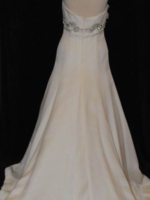 Size 12 dress | Second hand wedding dresses Mount Gambier East - 2