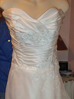 Henry Roth – Size 12  dress | Second hand wedding dresses Seacombe Heights - Size 12