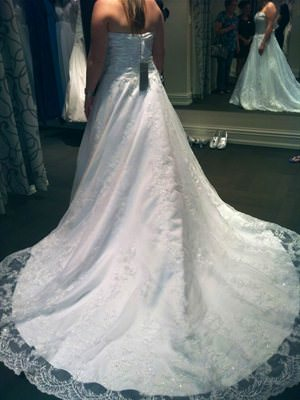 Henry Roth – Size 12  dress | Second hand wedding dresses Seacombe Heights - 2