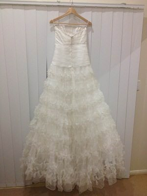 Aire Barcelona – Size 12  dress | Second hand wedding dresses Morningside - 2