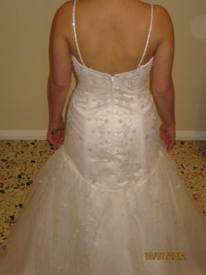 Size 8 dress | Second hand wedding dresses Keilor East - 2
