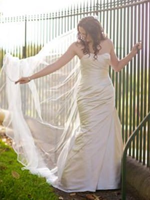 La Sposa – Size 10  dress | Second hand wedding dresses Matraville - Size 10