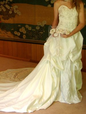 Size 6 dress | Second hand wedding dresses Berwick - Size 6