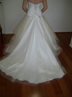 Wendy Sullivan – Size 10  dress | Second hand wedding dresses Coorparoo - 2