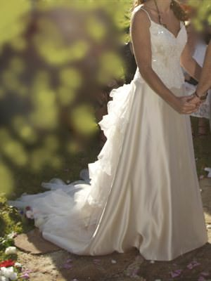Size 8 dress | Second hand wedding dresses Bayview - Size 8