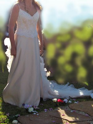 Size 8 dress | Second hand wedding dresses Bayview - 2