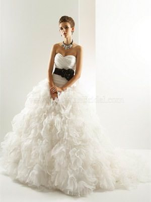 Bridal Gallery Couture – Size 10  dress | Second hand wedding dresses Narre Warren South - Size 10