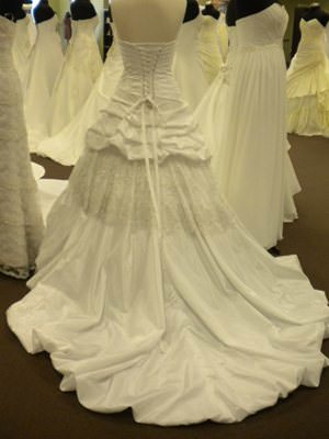 Size 10 dress | Second hand wedding dresses Winmalee - 2