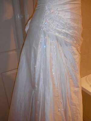 Airs & Graces – Size 8  dress | Second hand wedding dresses Burpengary - 2