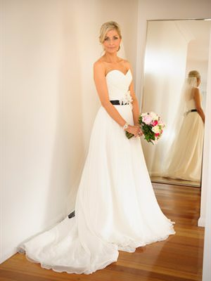 Maggie Sottero – Size 6  dress | Second hand wedding dresses Windsor - 2