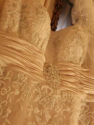 Ferrari – Size 12  dress | Second hand wedding dresses Werribee - 2