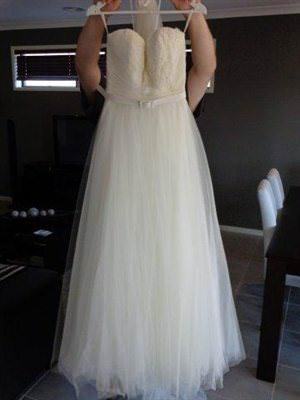 Karen Willis Holmes – Size 10  dress | Second hand wedding dresses Wyndham Vale - Size 10