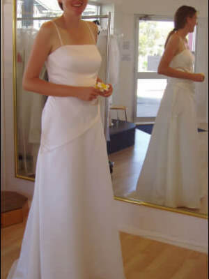 Size 14 dress | Second hand wedding dresses South Coogee - 2
