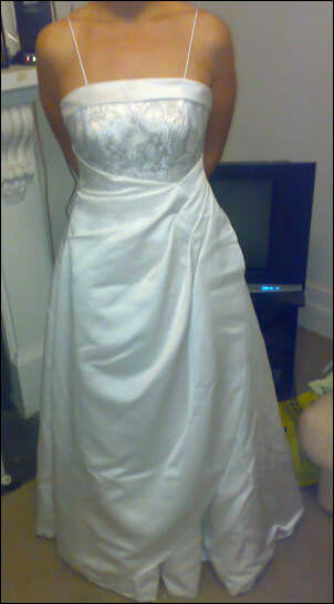 Connie Simonetti – Size 12 Satin dress | Second hand wedding dresses Carlton - Size 12