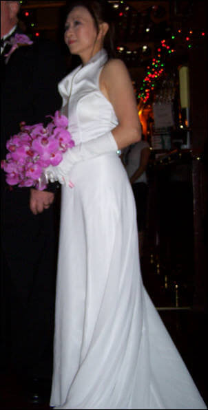 Bella's Brides – Size 10 Satin dress | Second hand wedding dresses Penrith South - Size 10