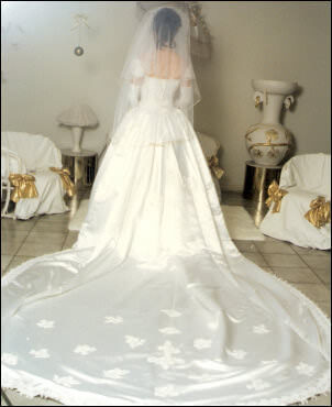 Size 10 dress | Second hand wedding dresses Parkwood - Size 10