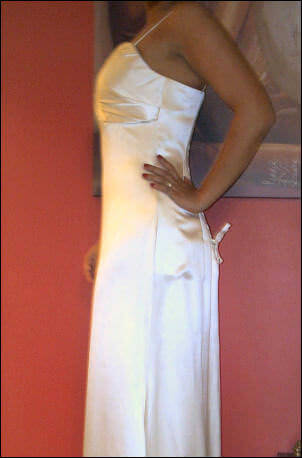 Satin dress – Size 10 Satin dress | Second hand wedding dresses North Parramatta - 2