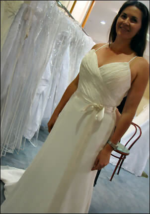 Size 12 dress | Second hand wedding dresses Enoggera - Size 12