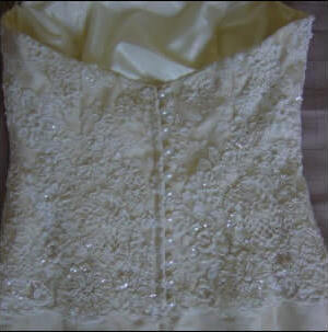 Wendy Makin – Size 10 Lace dress | Second hand wedding dresses Greenslopes - 2