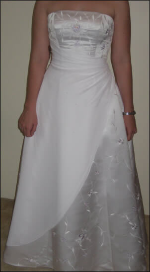 Peter Trends – Size 8 Satin dress | Second hand wedding dresses Ferny Grove - Size 8