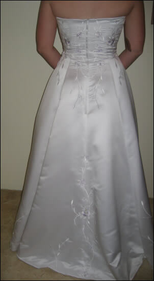 Peter Trends – Size 8 Satin dress | Second hand wedding dresses Ferny Grove - 2
