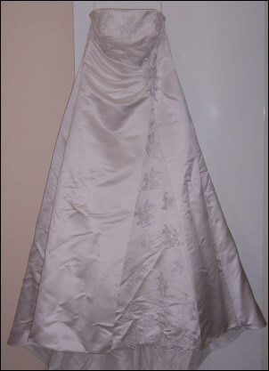 Size 16 dress | Second hand wedding dresses Kalgoorlie - Size 16