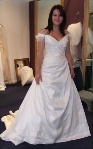 Size 10 dress | Second hand wedding dresses Caroline Springs - Size 10