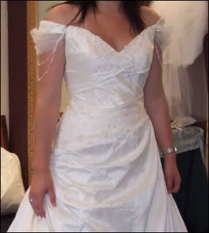 Size 10 dress | Second hand wedding dresses Caroline Springs - 2