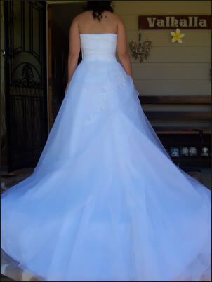Size 12 dress | Second hand wedding dresses Emerald - 2