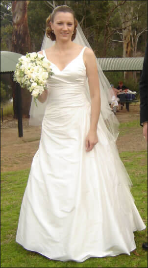 Brides Desire – Size 10 Silk dress | Second hand wedding dresses Nothmead - Size 10