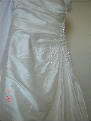 Brides Desire – Size 10 Silk dress | Second hand wedding dresses Nothmead - 2
