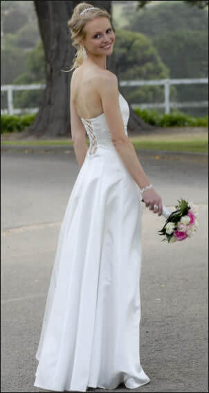 Silk dress – Size 6 Silk dress | Second hand wedding dresses Kew - 2