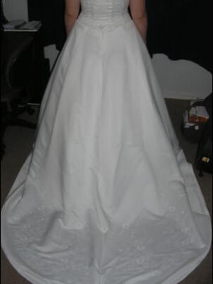Size 16 dress | Second hand wedding dresses Laidley - 2