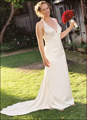 Maria Chiodo – Size 10 Polyester dress | Second hand wedding dresses Leichhardt - Size 10