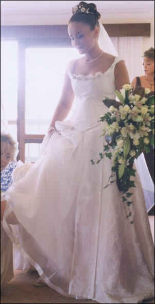 Linze – Size 10 Brocade dress | Second hand wedding dresses Mornington - Size 10