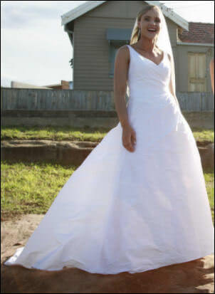 Wendy Makin – Size 12 Silk dress | Second hand wedding dresses Cronulla - Size 12