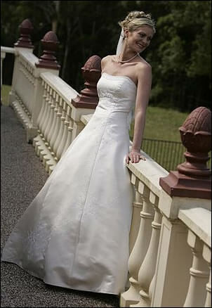 Elegance Bridal – Size 10  dress | Second hand wedding dresses Jilliby - Size 10