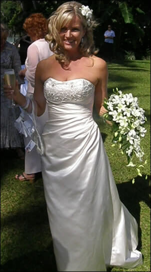 Mariana Hardwick – Size 10 Silk dress | Second hand wedding dresses Ascot Vale - Size 10