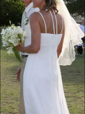 Size 8 dress – Maroochydore - 2