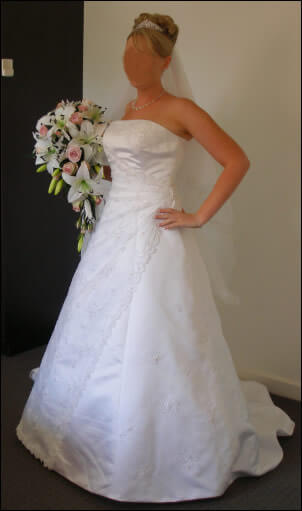 Size 12 dress | Second hand wedding dresses Thurgoona - Size 12
