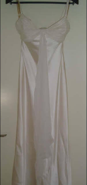 Mariana Hardwick – Size 10 Silk dress | Second hand wedding dresses Maribyrnong - Size 10